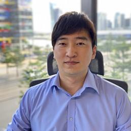 Lewis (Jin-Woo) Lee
