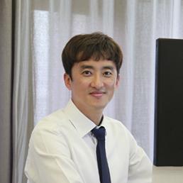 M.H. (Min-Ho) Woo